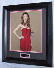 A627NZ NATALIE ZEA SIGNED